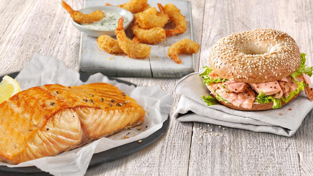 Produkte bei NORDSEE: Lachsfilet, Bagel und Garnelen